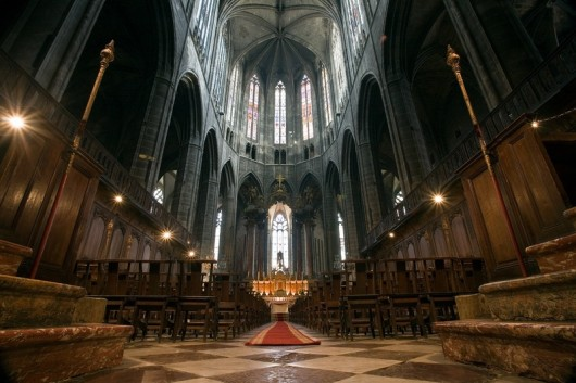Inside Rouen Cathedral Franch 530x353 World tallest Churches