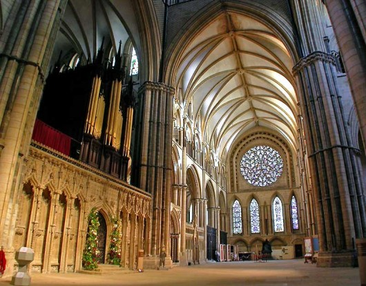 Inside World Largest Church Lincoln Cathedral east face 530x414 World tallest Churches