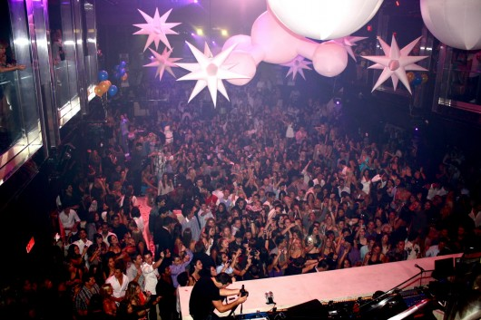 Miami Night Club Photos 530x353 Photography Of Miami Beach