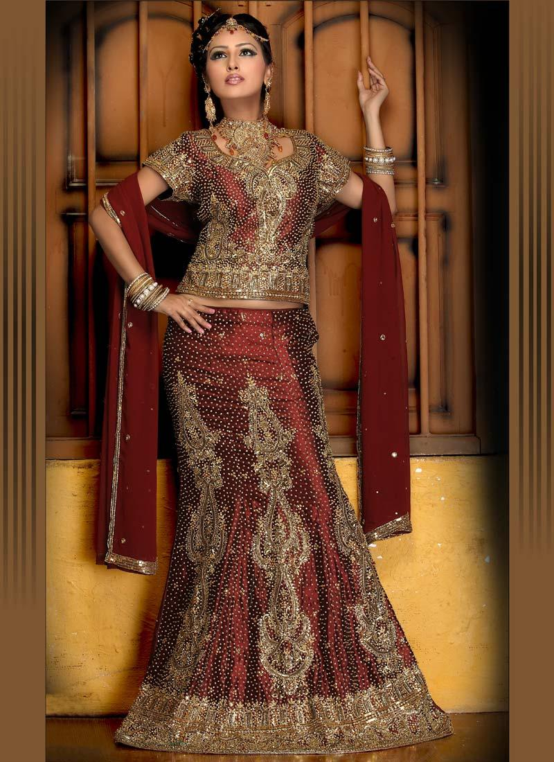Indian Bridal Makeup Wear Hairstyles Dresses Jewellery Mehndi Jewelry Lehenga Wear Saree 2013