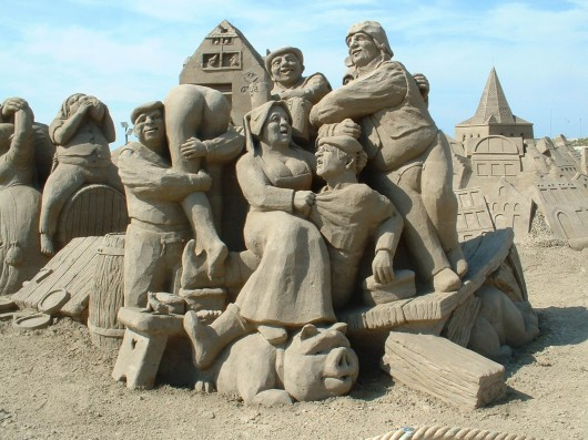 Art sculpting Sand Collections 530x397 Amazing sand sculptures
