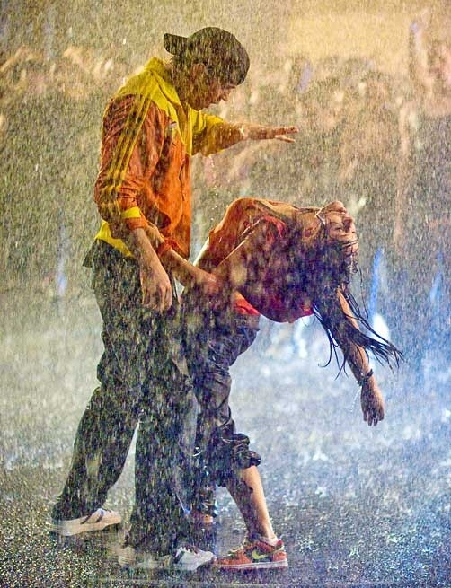 Lovers Romance In Rain Rain Lovers 