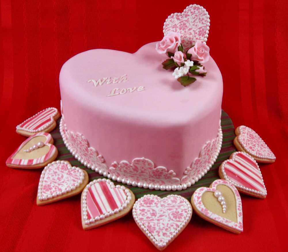 Download Love Cake Images : Heart Cake Pictures inspiration photos