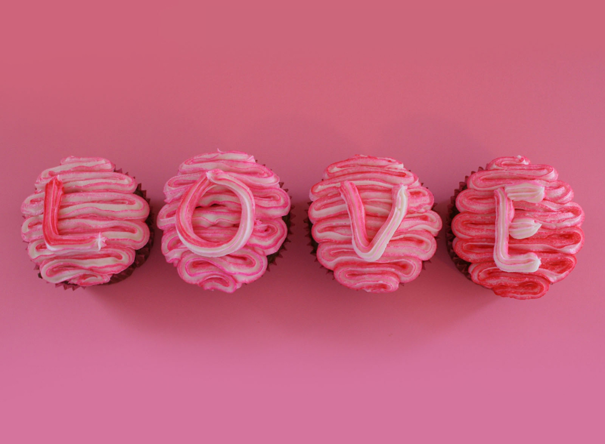 Love Cakes 03 Heart Cake Pictures